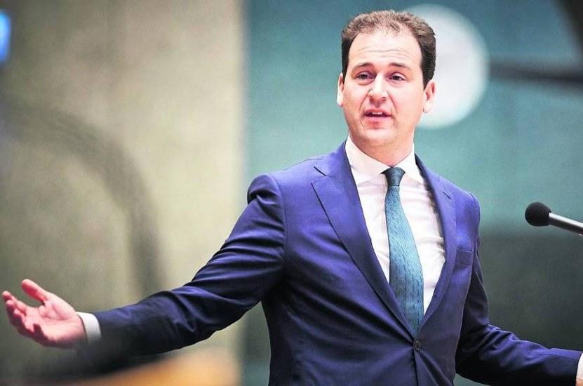 Financieel Dagblad | FD | Ontslagwet pakt averechts uit' | minister Lodewijk Asscher (Sociale Zaken) | De Raad van Mediators | Mediation Bemiddeling Bemiddelaars Platform Kruispunt